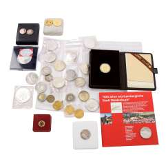 Collection of coins and medals, with GOLD and SILVER, among others,