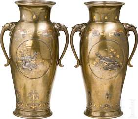 A Pair of gold-, silver -, and copper rings, bronze vases, Japan, Meiji-period put