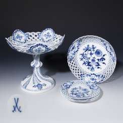 Centerpiece with break-through bowl, one break-through bowl, three break-through plates