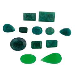 Mixed Lot Of 12 Emeralds,