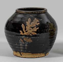 The storage vessel from the Song dynasty
