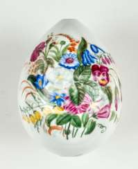 Large porcelain Easter egg with bouquet of Flowers