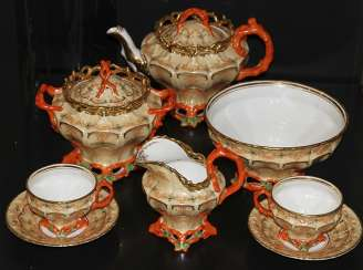 Tea set for 6 persons with a coral decor. Z-d Br. Kornilov