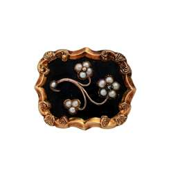 Brooch with small half pearls and diamond rose,