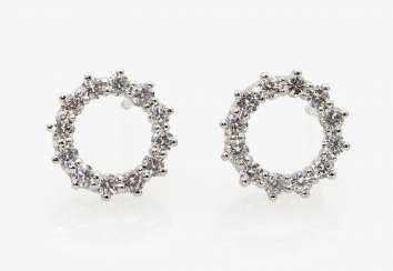 A pair of ear studs with diamonds, Germany