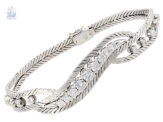 Bracelet: vintage diamonds, approximately 1.5 ct fine brilliant, high-quality crafted from 18K white gold