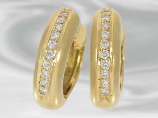 Earrings: classic yellow gold Hoop earrings with brilliant-cut diamonds, approximately 0.3 ct, 18K Gold