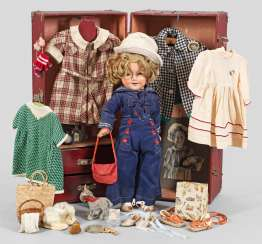 Shirley Temple doll from Ideal with travel case