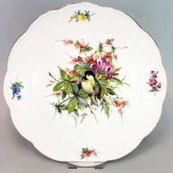 Institutional / Wall Plate: Meissen Porcelain Adorns. Decor great tit with flowers and fruits, Gold, very good.