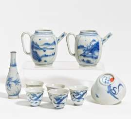Nine small blue and white porcelain