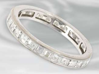Ring: fine white Golden eternity ring with high quality diamonds in the cart cut, about 2.4 ct, 18K Gold