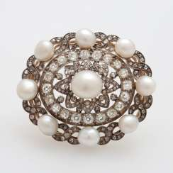 Brooch occupied m. cultured pearls