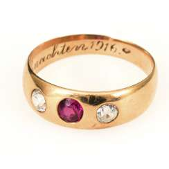 Band ring with spinel? and leuco sapphires