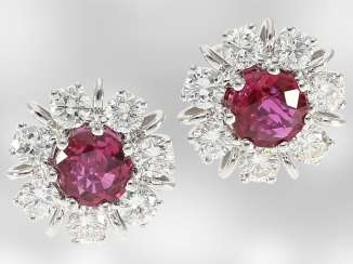 Earrings: hand-made classic white gold stud earrings with rubies and brilliant-cut diamonds, total approx. 1,41 ct, 14K white Gold, the court jeweller Roesner