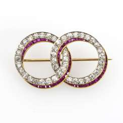 Art Deco double ring brooch with old European cut diamonds and rubies