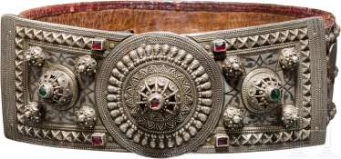 Silver mounted, niellierter and silver coins is occupied, pomp belt, the Caucasus, dated 1870