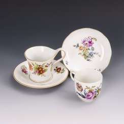 2 cups with flower painting