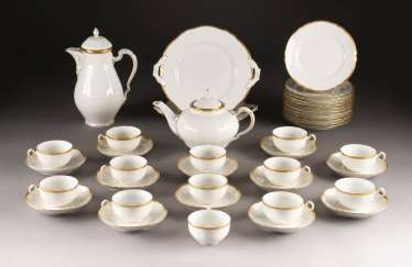 63-PIECE FOOD AND COFFEE SERVICE 'GOLDRAND'