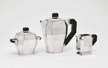 Coffee service, a three-piece