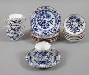 Meissen six place settings onion pattern