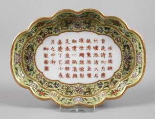 Eller China Decorates
