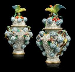 A PAIR OF CONTINENTAL PORCELAIN 'SCHNEEBALLEN' VASES AND COVERS