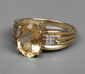 Ladies ' ring with citrine and diamonds
