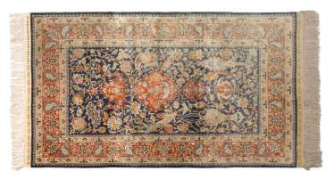 Quality full silk carpet with Paradi