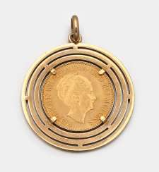 Coin pendant from 1932