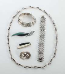 Mixed lot of silver jewelry 20th century