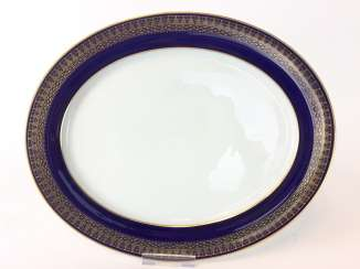 Oval plate / meat plate: Meissen porcelain, T-Smooth, Flag-cobalt blue, gold edge, around 1900, very good.