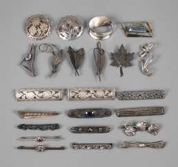 Mixed Lot Of Silver Brooches