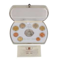 Vatican city - the Prestige of the Euro coins set with silver medal,