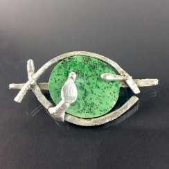 Designer brooch Sterling silver 925, poached worked with green chalcedony.