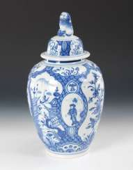 Faience lidded vase with Chinoiserien, KITCHEN