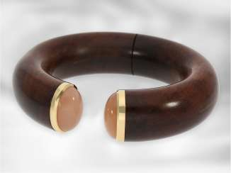 Bracelet: very high quality Designer bangle bracelet from noble snake wood with moonstone and 18K Gold applications, production of from the house of Brahmfeld & Gutruf