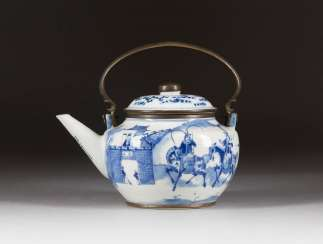 TEAPOT WITH A FIGURAL REPRESENTATION