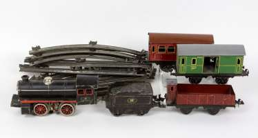 Doll & Cie Towing tank engine, among other things,