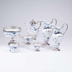 Mixed lot of 'Musselmalet' with silver-plated mounting