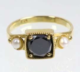 black brilliant solitaire ring yellow gold 750