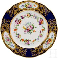 Plates from the dinner service of the Grand Duchess Olga Nikolaevna Romanova, Imperial porcelain manufactory St. Petersburg, 1840