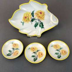 Chocolates bowl / dessert bowl with three Anbietschälchen, floral decoration, KPM Berlin, very good.