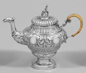 Small teapot in the style of Baroque