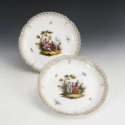 2 bowls with Watteau painting