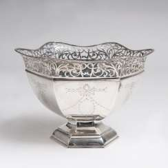 Silver bowl with pierced decoration