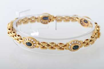 Bracelet yellow gold 18 K with 5 oval fac. Safiren approximately 2.5 cts of 60 Brilliant together approx. of 1.42 cts, TW-W / vsi-si.
