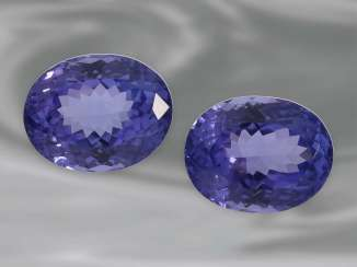 Tanzanite: a Pair of high-quality Tansanite in oval mixed-cut, together approx. 10,70 ct
