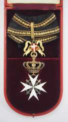 Vatican: Order of the Knights of Malta, decoration of the Magistral Grand Cross, in a case.