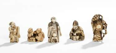 Five figural Netsuke made of ivory, and others of luck, gods and Sennin
