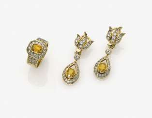 A Pair of earrings and Ring with citrines and brilliant-cut diamonds. Germany